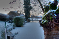 An icy morning after at Leez Priory